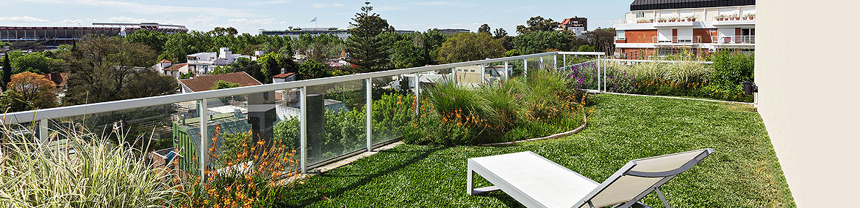 Beneficios de las terrazas verdes y jardines verticales for Beneficios de los jardines verticales